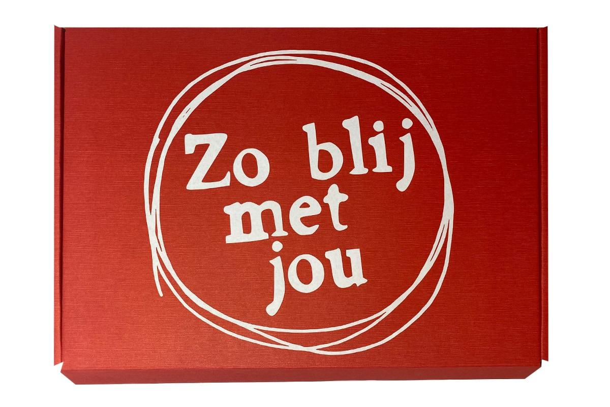Brievenbus doosje rood ''Blij met jou'' - 310 x 220 x 28mm (A4)