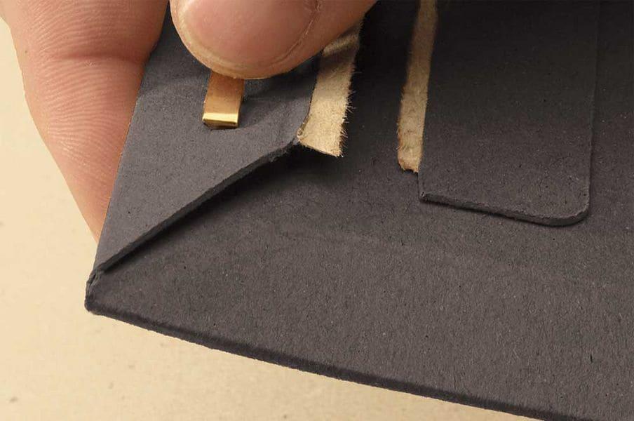 Massief kartonnen enveloppen zwart A4+ - 237 x 342 x 0-30mm (100st)